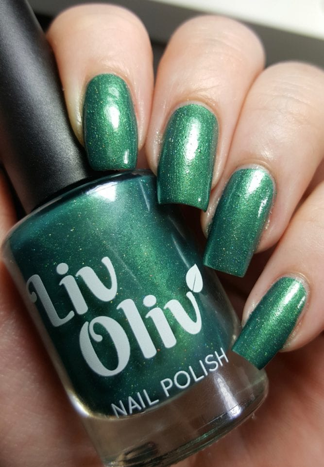 Enchanted Evergreen bottle swatch