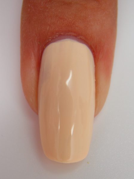 Peaches n cream macro swatch