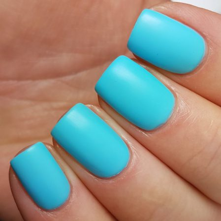 Free Spirit swatch - bright neon turquoise matte top coat