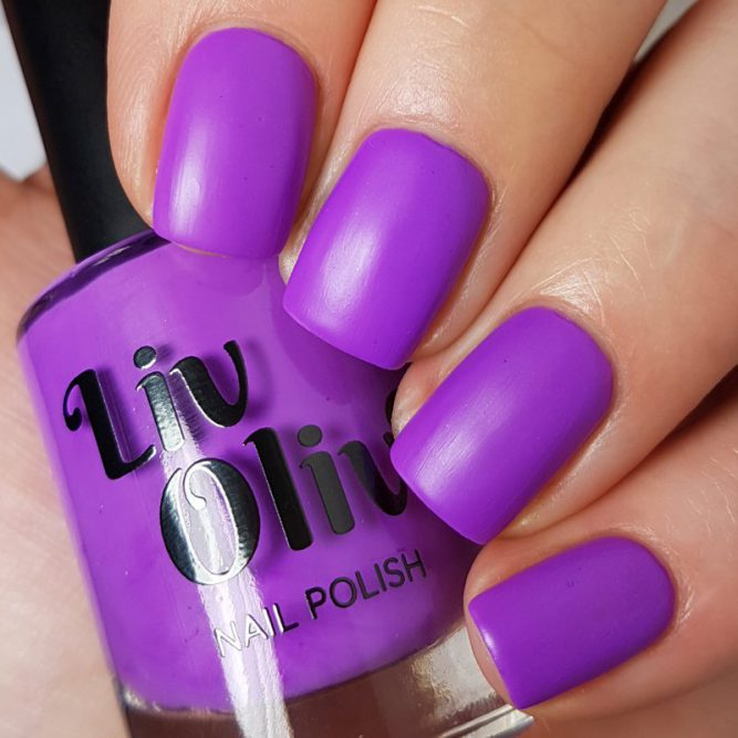 Peace swatch - bright neon purple matte top coat