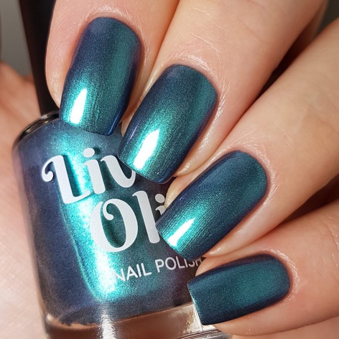 LivOliv Cruelty Free Nail Polish ultra chrome king of clubs