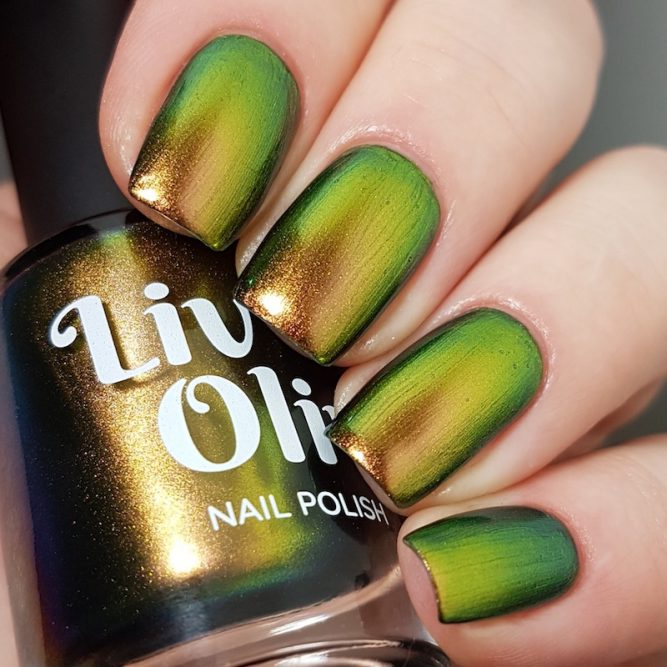 LivOliv Cruelty Free Nail Polish ultra chrome gold